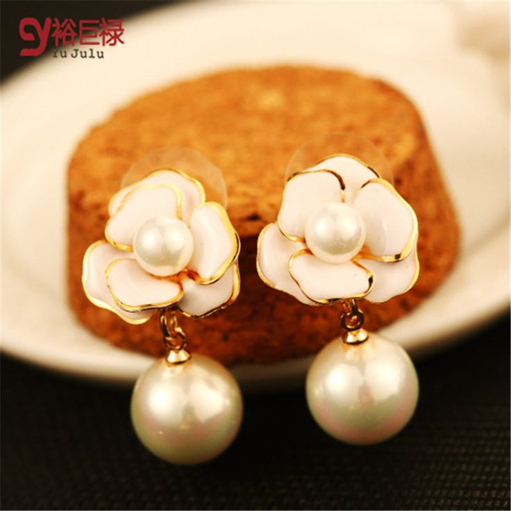 2017 New Camellia Pearl Stud earrings for Women With Gold Double Pearl Earrings Fashion Pearl Luxury Fashion Jewelry With Bear