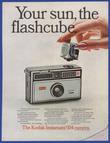 Vintage-1967-KODAK-104-Instamatic-Camera-Flashcube-Film-Photography-Print-Ad