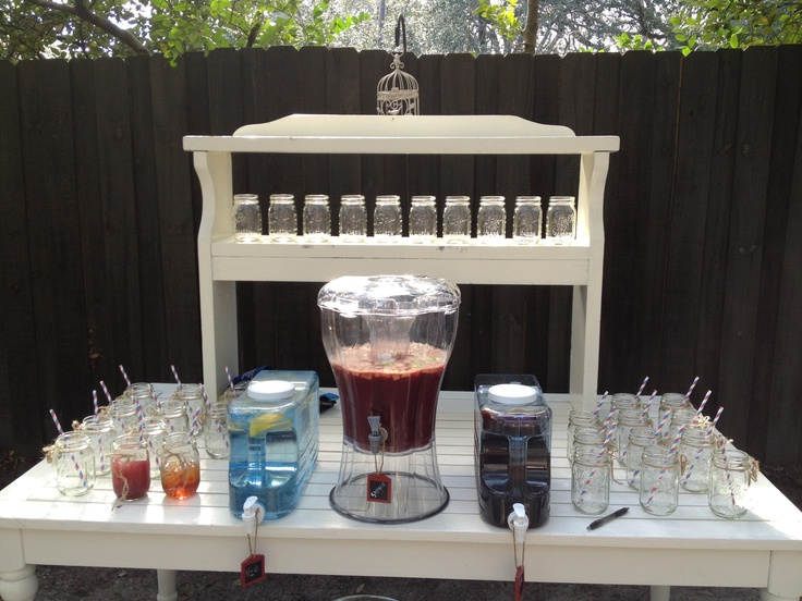 Outdoor Bar With Mason Jars And Sangria For An Oyster