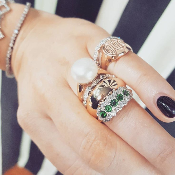 Colombian #Emerald + Diamond cluster ring ll Original #VintageJewellery #ArtDeco #LDMonogramRing #LannahDunn #AntiqueDealer