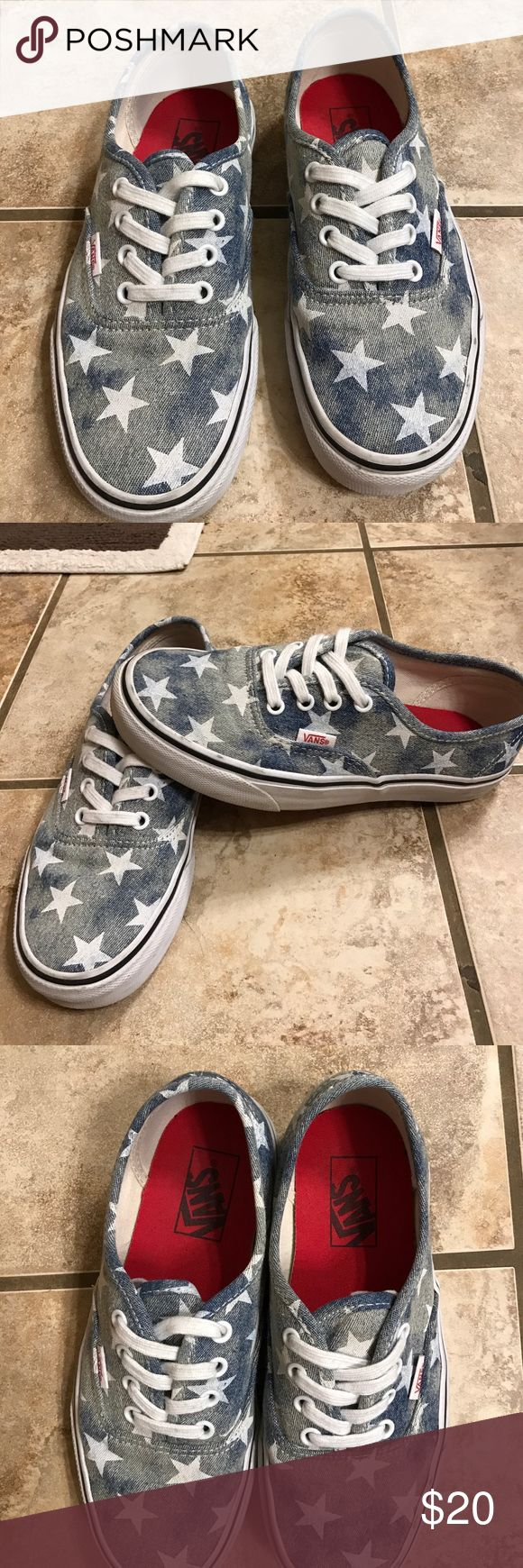 🌼VANS TENNIS SHOES🌼🌼 ❤VANS Tennis Shoes, gently used, Blue with white stars❤Authentic!! Vans Shoes Sneakers