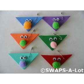 swaps: Girls Guide, Swap Pin, Girls Scouts Swap, Ahg Swap, Pin Swap, Kids Crafts, Easy Swap, Scouts Crafts, Gs Crafts