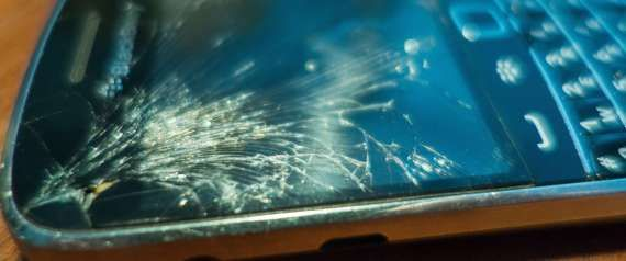 4 Ways To Fix A Cracked Phone Screen Paragon Monday Morning LinkFest