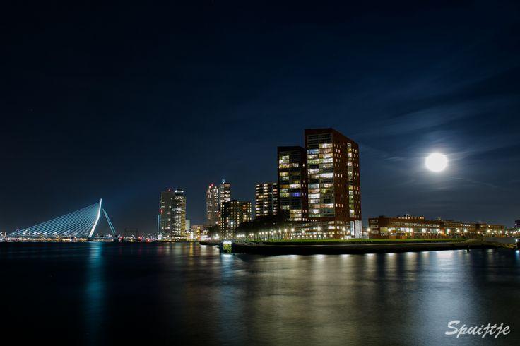2e Katendrechtse Hoofd by Night Rotterdam.
