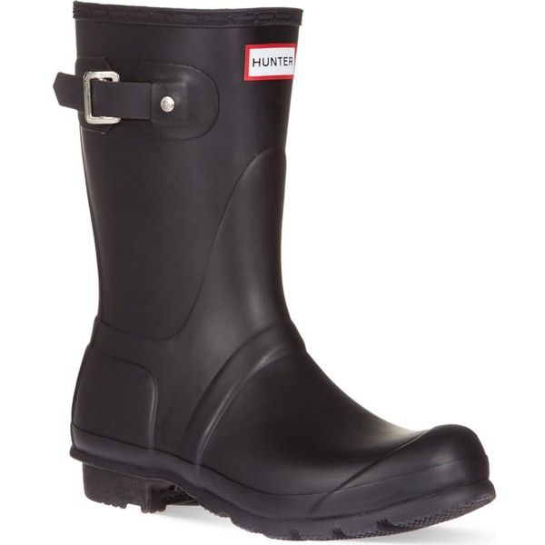 HUNTER Original short wellies ($105) ❤ liked on Polyvore featuring shoes, boots, black, rain boots, black shoes, short rubber boots, hunter boots and black buckle boots