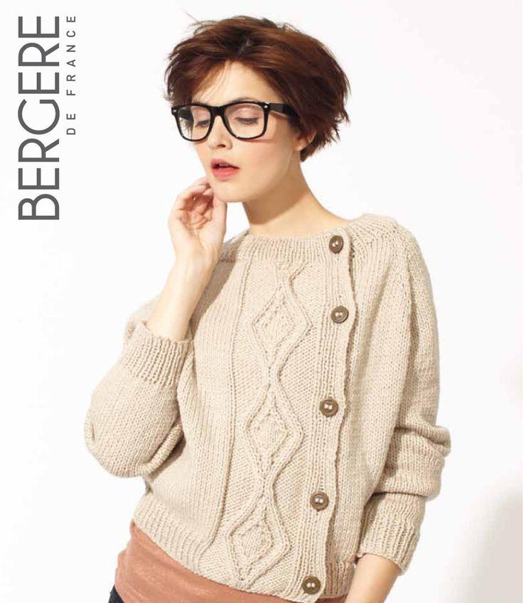 Un gilet pour femme à torsades à tricoter ✪ Bergere de France magic+ top down jacket pattern