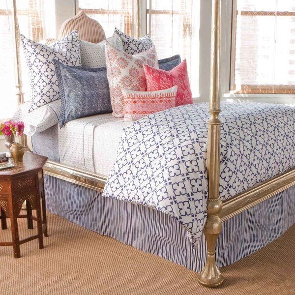 gold bed: Guest Bedrooms, Robshaw Beds, Master Bedrooms, Pipal Indigo, Beds Frames, Johnrobshaw, Beds Linens, Bedrooms Ideas, John Robshaw