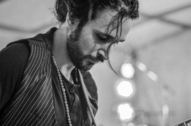 Massimo Deo    ROCK IN RIVA 2017, Abbadia Lariana. Folkabbestia, C'esco e i Musicanti di Brahma, Bianchi Sporchi, Minipony. Fotografie di Chiara Arrigoni.    #RockinRiva #Lecco #livemusic #blackandwhite #guitar