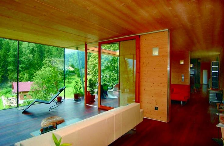 interno casa in legno; come e quanto vi sentite sicuri nelle vostre case? cliccate nella foto :)