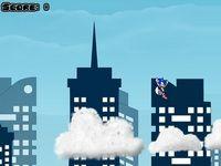 Проверь ловкость ёжика Соника, прыгай по облакам как на батуте, используй прыжок, стрелка вверх и супер-прыжок, стрелка вниз.