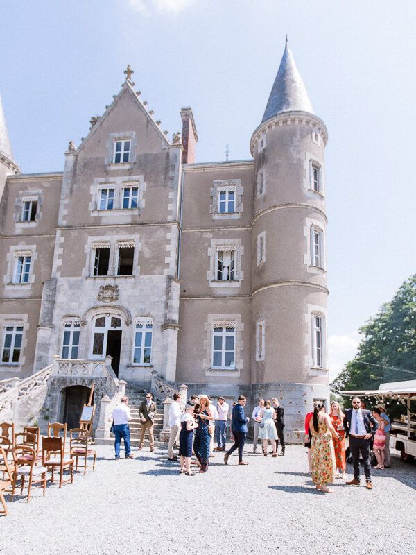 Escape To The Chateau A Wedding At Chateau De La Motte Husson English Speaking Paris Wedding Couples Photographer In 2020 Chateau French Chateau Escape
