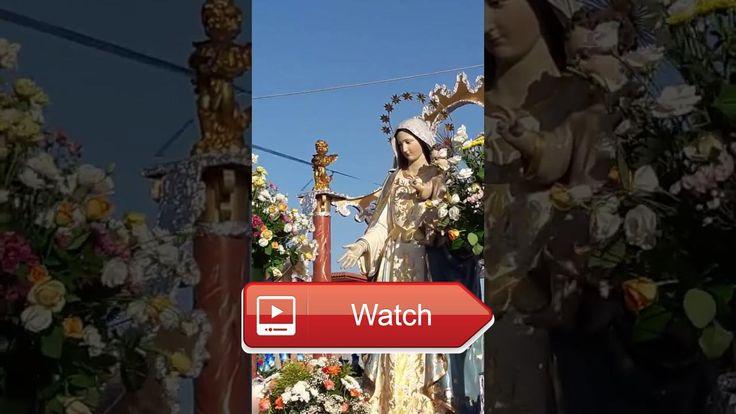 Processione della madonna in via comunale galeone  Passaggio della madonna delle grazie del felaco di ponticelli Napoli una giornata all'insegna della preghiera e fol