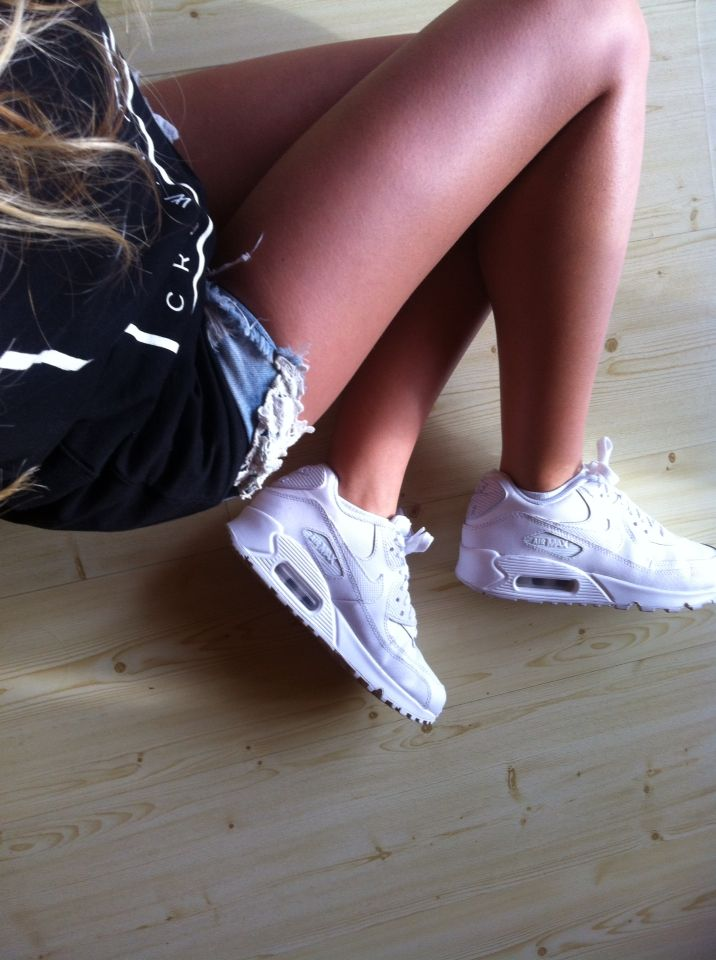 Nike Air Max 90's. Just. Love.