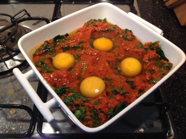 Ovenschotel spinazie met tomaat en ei - Koken met Karin