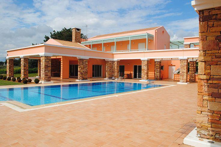 Βίλα στα προάστια της Αθήνας - Villa in suburb of Athens - Вилла в пригороде Афин