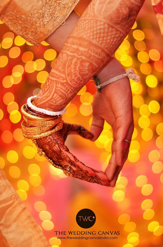 So nice Photo by The Wedding Canvas, Kolkata #weddingnet #wedding #india #indian #indianwedding #weddingdresses #mehendi #ceremony #realwedding #lehenga #lehengacholi #choli #lehengawedding #lehengasaree #saree #bridalsaree #weddingsaree #photoshoot #photoset #photographer #photography #inspiration #planner #organisation #details #sweet #cute #gorgeous #fabulous #henna #mehndi