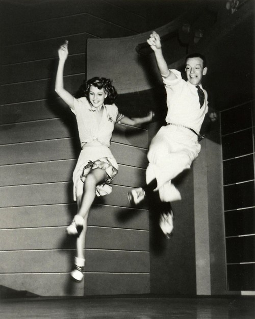 Dancing Fred Astaire and Ginger Rogers