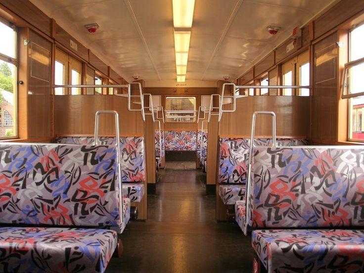 inneneinrichtung eines triebwagens der baureihe 476 die. Black Bedroom Furniture Sets. Home Design Ideas