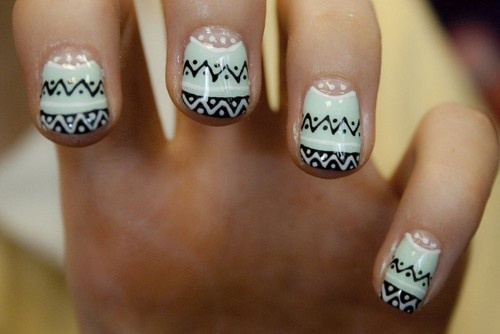 black and whiteNails Art, Cute Nails, Nails Design, Winter Sweaters, Nails Ideas, Tribal Nails, Sweaters Nails, Tribal Prints, Aztec Nails