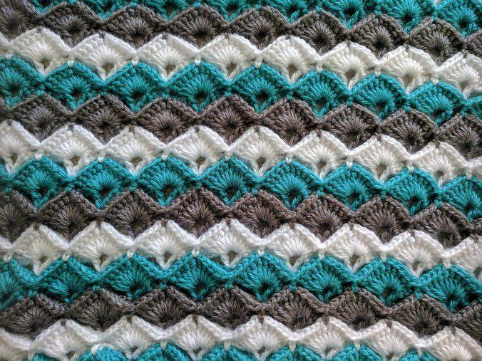 crochet box stitch free tutorial. It is so much fun