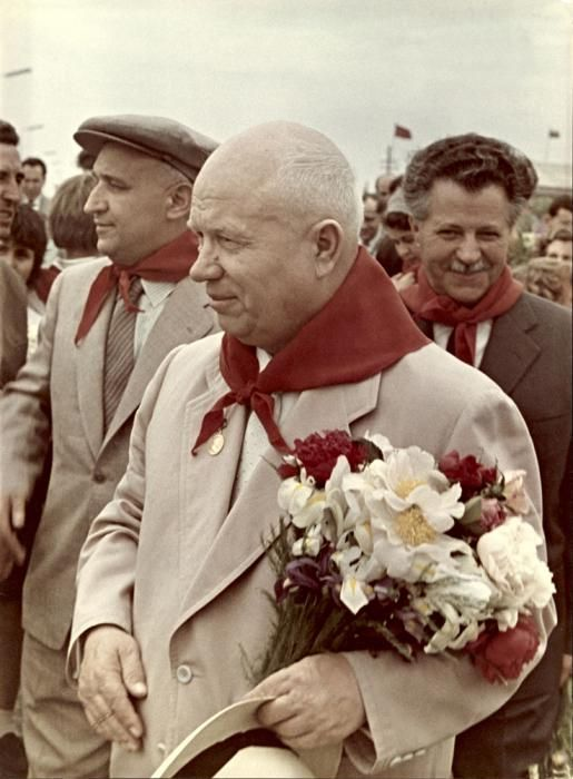 a discussion on khrushchev and de stalinization De-stalinization ( russian : десталинизация, destalinizatsiya) consisted of a series of political reforms in the soviet union after the death of long-time leader joseph stalin in 1953, and the ascension of nikita khrushchev to power.