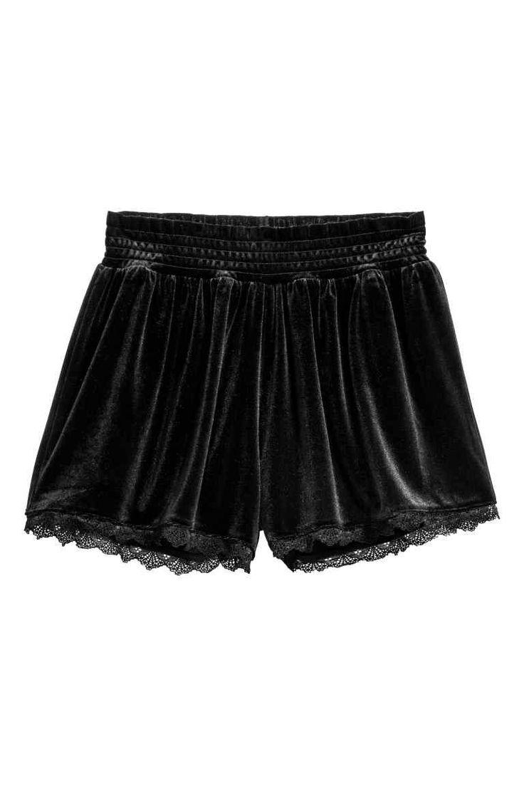 Velour shorts | H&M