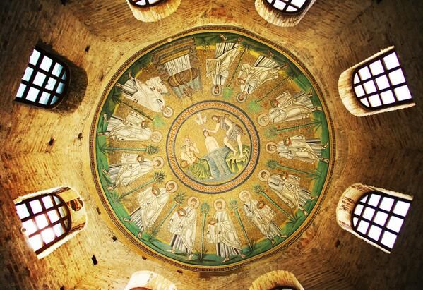 @TurismoRavenna: #TheGreatBeauty in Italy is everywhere: #Ravenna, la cupola del Battistero degli Ariani #ITisME