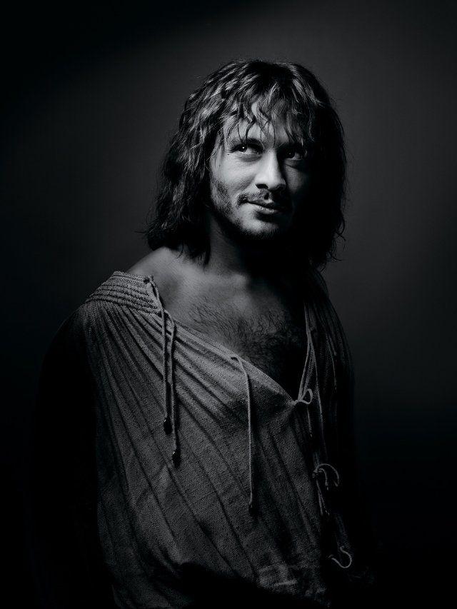 Promotional Image of David Oakes as Juan Borgia in season 2 of The Borgias