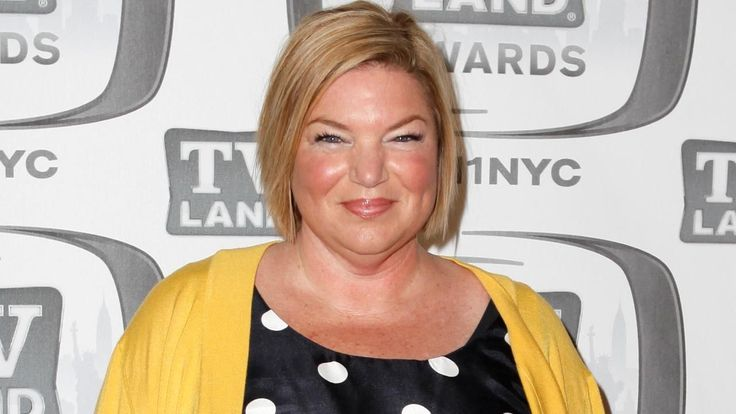 FOX NEWS: 'Facts of Life' star Mindy Cohn reveals secret 5-year battle with breast cancer