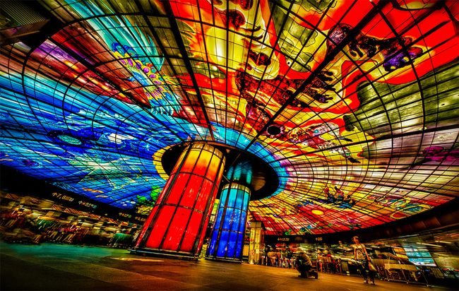 Glass Art: Dome of Light by Narcissus Quagliata; located in a transit station in Taiwan