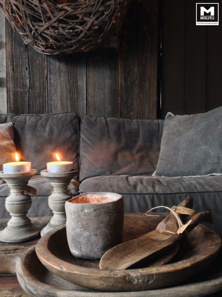Stunning #rustic living room #interior with concrete and wooden decor elements. Gorgeous!