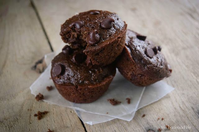 So delicious, moist, and chocolaty! This double chocolate zucchini muffin recipe is a great way to use zucchini in the garden! Make bread too!