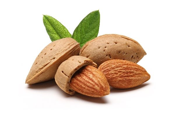 Raw Food 101: Why you should always soak almonds