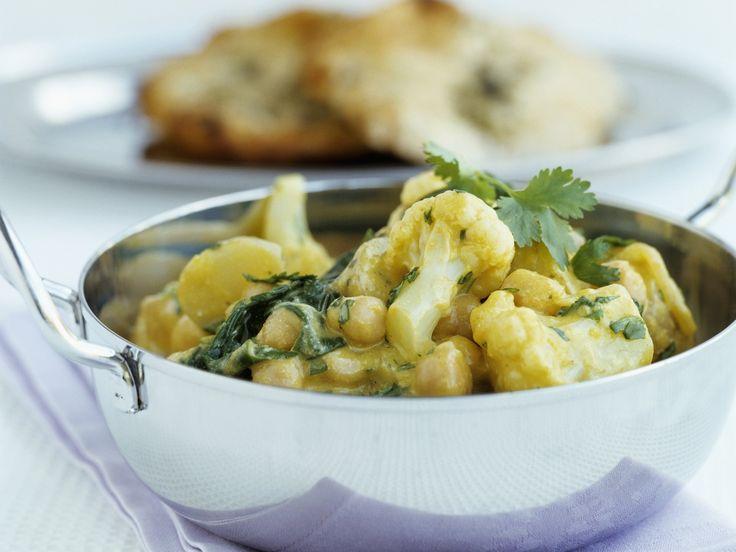 Curry mit Kichererbsen und Blumenkohl   Zeit: 20 Min.   http://eatsmarter.de/rezepte/curry-mit-kichererbsen-und-blumenkohl