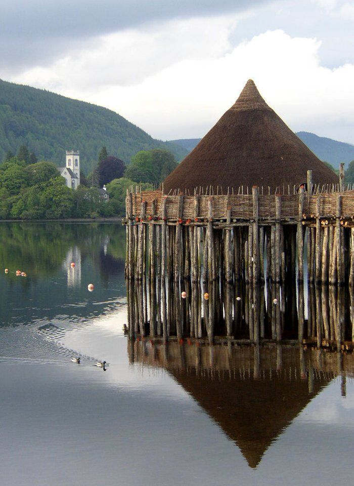 How profoundly beautiful is this?! A crannog is a type of ancient loch-dwelling found throughout Scotland and Ireland dating from 2,500 years ago. This authentic recreation is based on the excavation evidence from the 2,500 year old site of 'Oakbank Crannog', one of the 18 crannogs preserved in Loch Tay, Scotland.