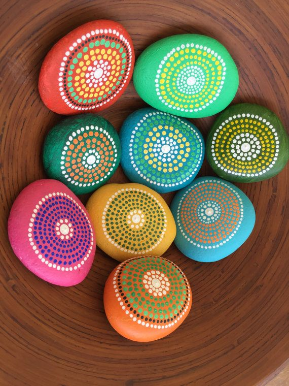 A set of 9 hand painted Sea Pebbles Decoration Art by MOIRAPINA