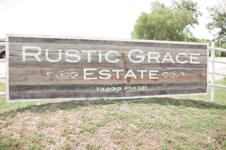 Rustic Grace Estate in Van Alstyne, TX, Rustic Barn Wedding, Barn Wedding Venue, Dallas TX Wedding Venue, Rustic Wedding Ideas | www.rusticgraceestate.com | #rusticwedding