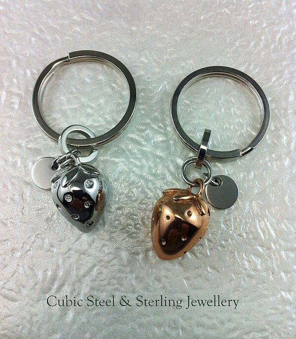 Cubic couple keychain at Aquamarine Jewelry www.aqj.ca
