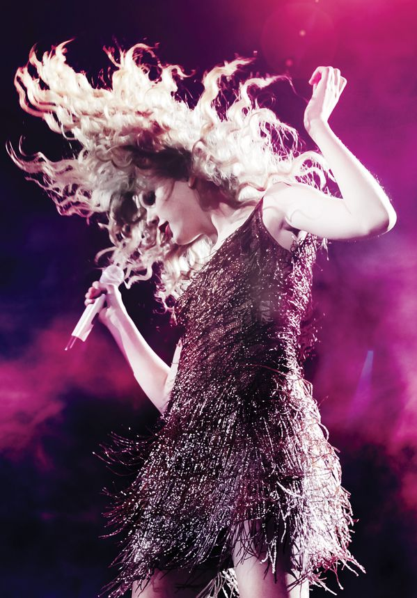 "Throwback to Taylor on the Speak Now Tour in 2011, Taylor Nation (@Taylor Nation) days ""How's this for an epic hair flip?"" !!"