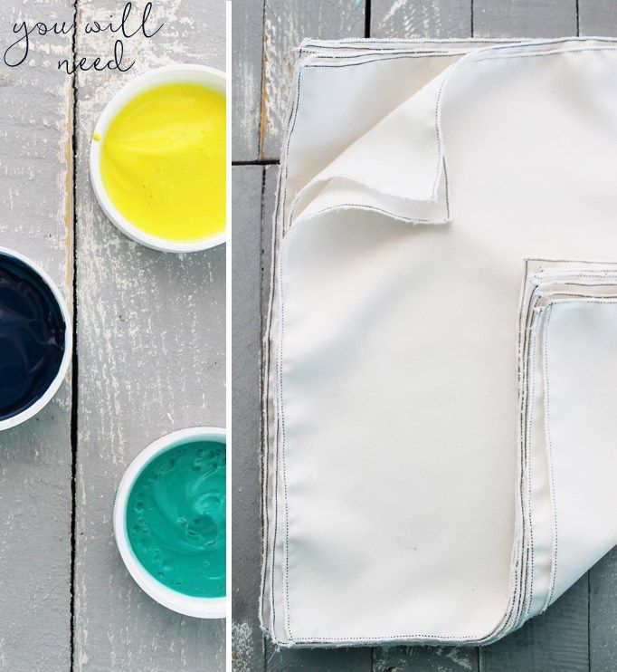 Watercolour Christmas – painted napkins DIY. Make these super easy napkins to adorn your table or give them to someone special! http://homeology.co.za/diy2/watercolour-christmas-painted-napkins-diy/