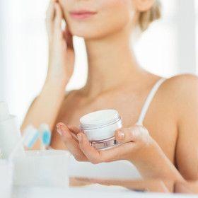 cuantos productos realmente deberías usar en tu rutina de belleza Natural Moisturizer, Anti Aging Moisturizer, Best Moisturizer, Best Anti Aging, Anti Aging Cream, Anti Aging Skin Care, Sephora, Cream For Oily Skin, Skin Care Routine For 20s