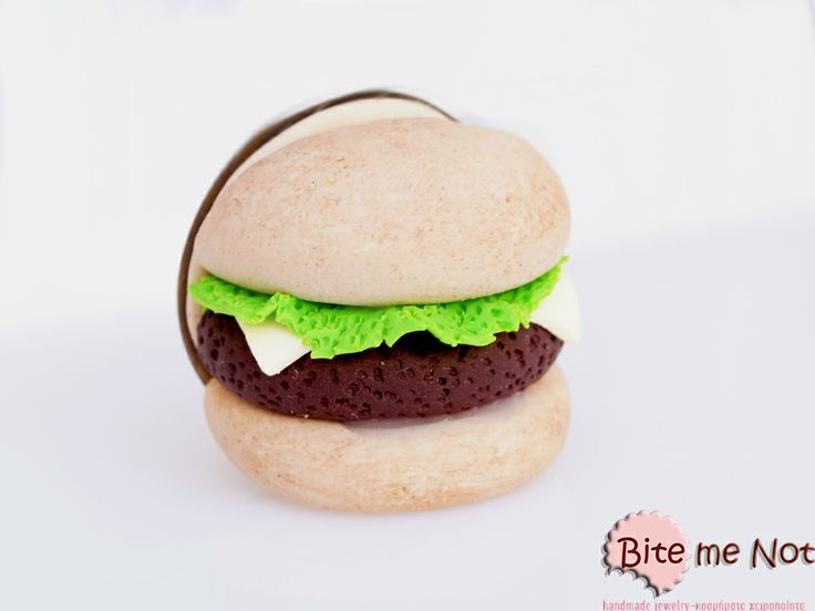 Burger -Metal brooch!  -Handmade delicious burger with beef, cheese and lettuce!