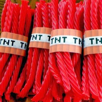 Minecraft: TNT Twizzler 100 Piece Kit Party Supplies Canada - Open A Party