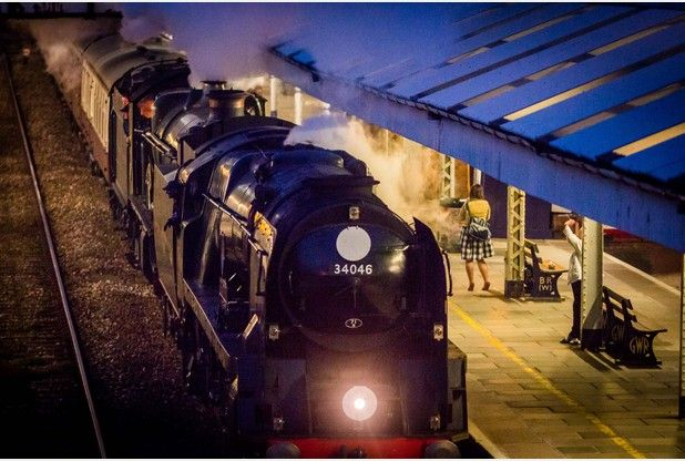 Rail enthusiasts in Cornwall flock to catch glimpse of steam train on its return to main line | The Cornishman
