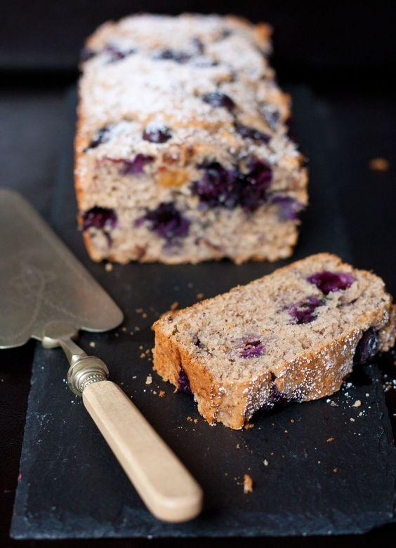 Gesünder geht Kuchen nicht: Blaubeer Buchweizen Kuchen | Foodlovin'