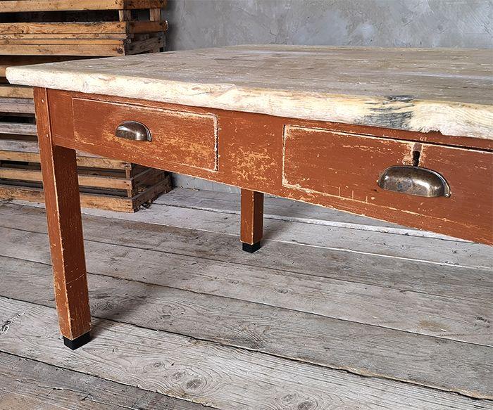 TAVOLO MARRONE 2 CASS Vintage Tavoli interior design