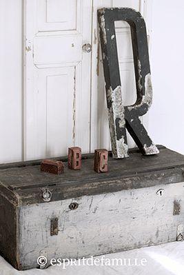 1000 id es sur le th me malle en bois sur pinterest - Malle industrielle ...