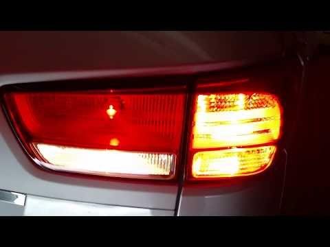 103 2017 2018 Kia Sedona Minivan Testing Tail Lights After Changing Burnt Out Light Bulbs Brake You