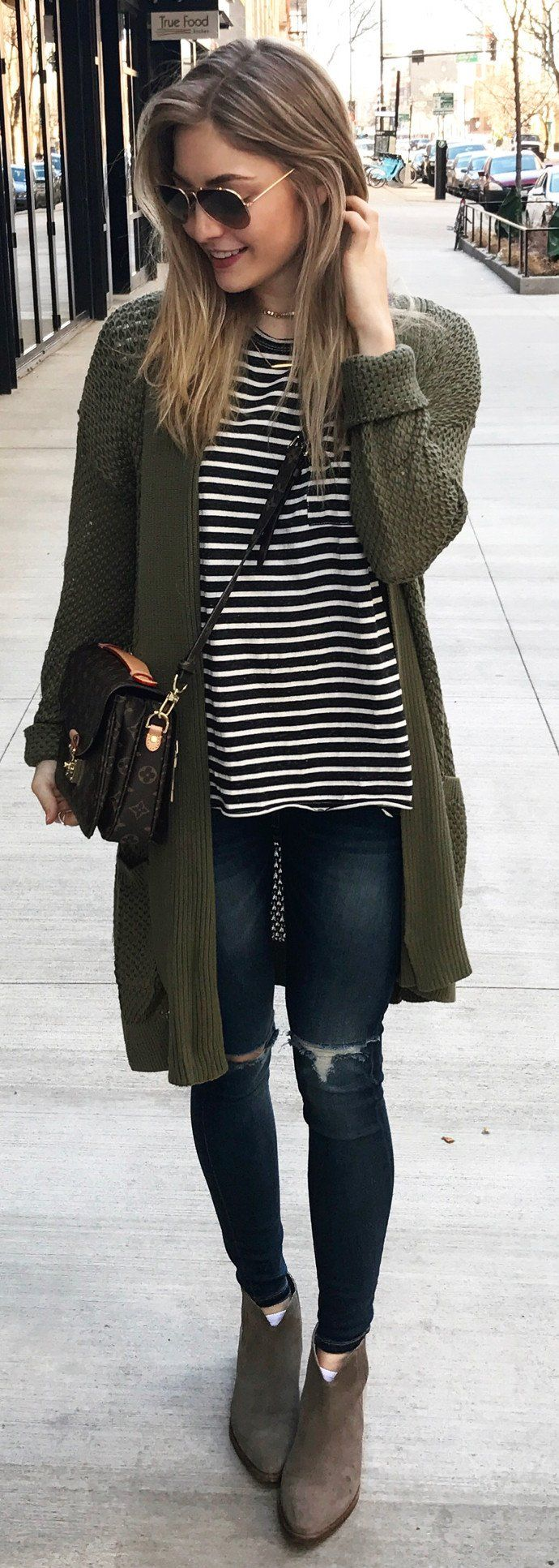 Spring Outfits / Green Cardigan / Black & White Striped Tee / Ripped Skinny Jeans / Dark Suede Booties