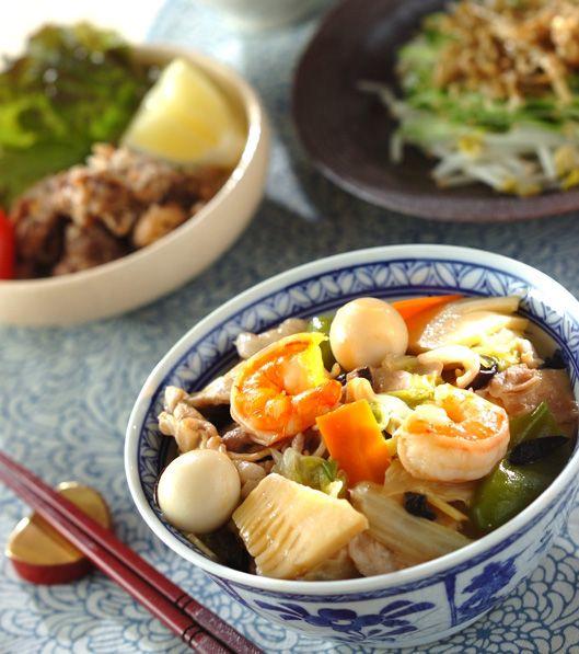 「豚肉とエビの中華丼」の献立・レシピ - 【E・レシピ】料理のプロが作る簡単レシピ/2013.09.25公開の献立です。